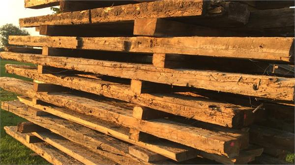 Upcycling: Altes Holz neu aufgemöbelt